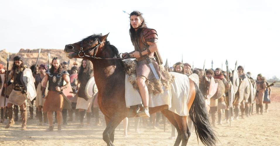 sequencias-da-queda-da-muralha-de-jerico-em-a-terra-prometida-mobilizaram-dezenas-de-atores-cerca-de-300-figurantes-e-mais-de-50-cavalos-1476205285789_956x500